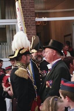 Alain Woolf, Empereur et Roy du tir, Paul Lambert aide de camp et Guy George Capitaine-commandant