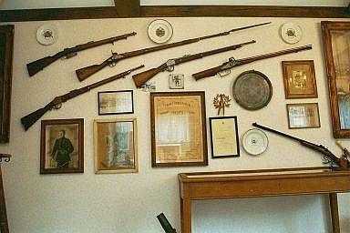 Musée des Francs Arquebusiers panoplie d'armes à feu