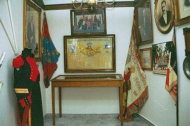 Musée des Francs Arquebusiers drapeaux et photos